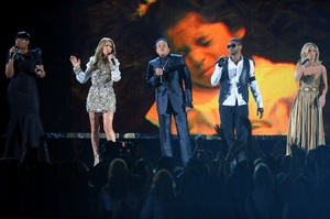 mj-grammy2010-tribute.jpg