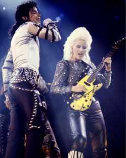 mj-Jennifer-Batten-bad-tour.jpg
